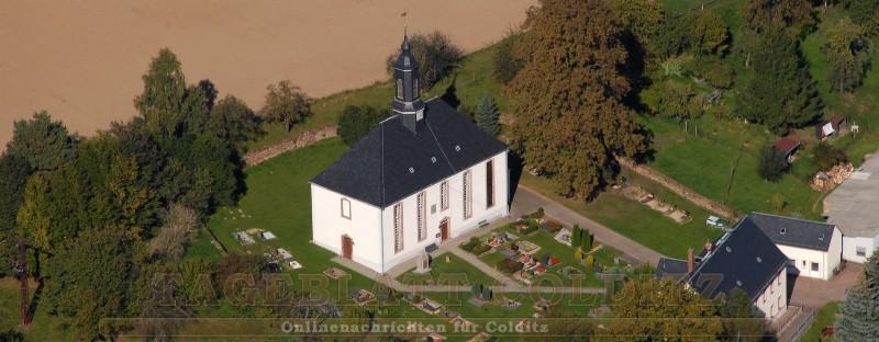 Kirche Erlbach mit Friedhof