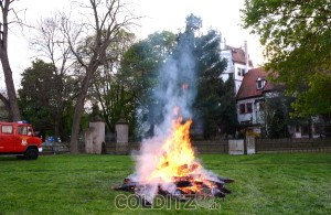 Traditionell - das Osterfeuer