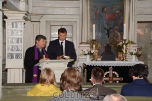 Gebet des polnischen Pfarrers Edward Wasowicz
