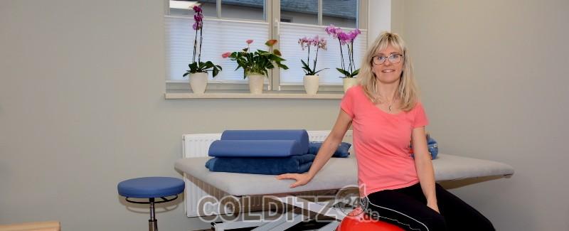 Kathleen Flieger in ihrer neuen Praxis