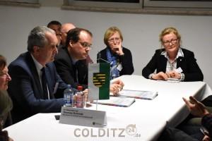 Landwirtschaftsminister Thomas Schmidt in der Runde der Fachleute