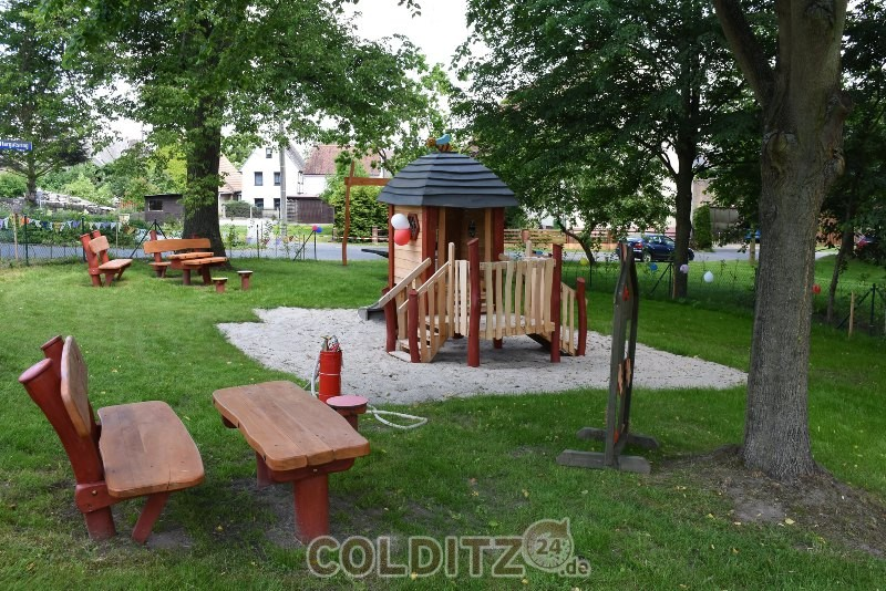 Der neue Spielplatz in der Dorfmitte