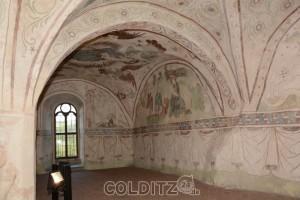 Die in den Fels gebaute Kapelle mit Fresken der Kirchgeschichte