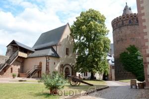 Auf dem Hof der Burg Mildenstein