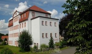 Die einstige Fabrik Ramsthals - heute Grundschule