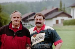 Bruno Hackenberg (li) und Gottfried Schröpfer (HSV)