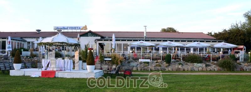 """Die Gaststätte """"Vineta"""" am Achterwasser in Zempin"""