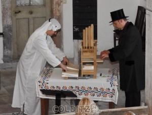 Beides miteinander vereint ist die Erfindung der Orgel duch Klesibios